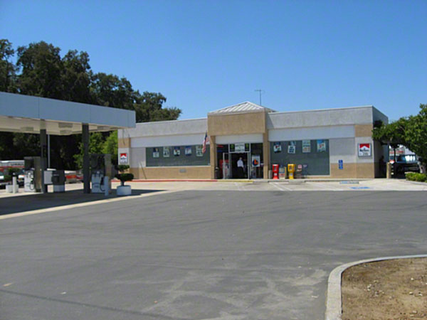 7Eleven - 604-Riverside-Ave---Building-Pic